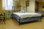 Кровать кованая 0011