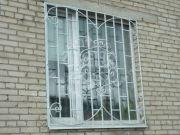 Кованая решётка для окна 32